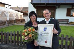Ehrenzeichen für Gemeindevorstand Max Egger