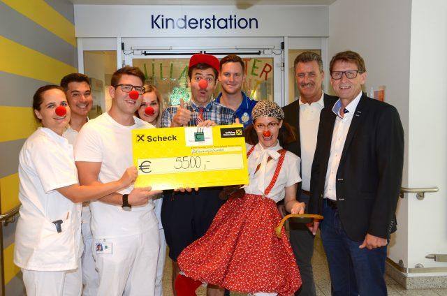 Charity-Aktion am BKH Kufstein brachte 5.500 Euro für Clowndoctors